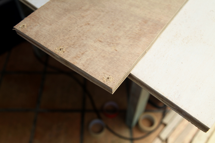 The DIY Table Tower - Basic Edition: Plywood Shelves that Slot Onto a Table - STEP 6 Assembling the Tower